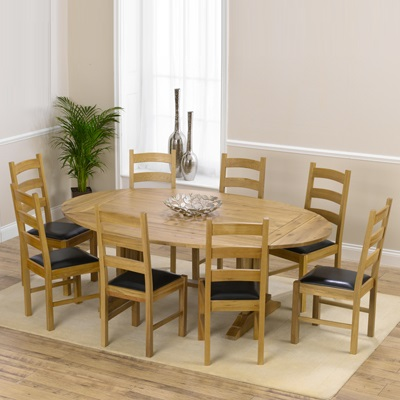 Carver Oak Oval Extending Dining Table With 8 Venice Chairs Robson Furniture