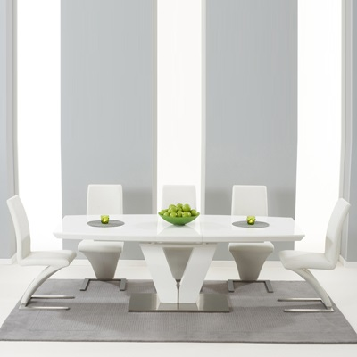 Malta High Gloss Extending Dining Table With 6 Harvey White Chairs 5121