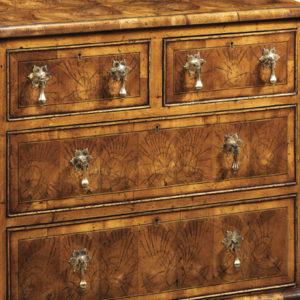 4 Drawer Oyster Chest of Drawers AMC10-17734